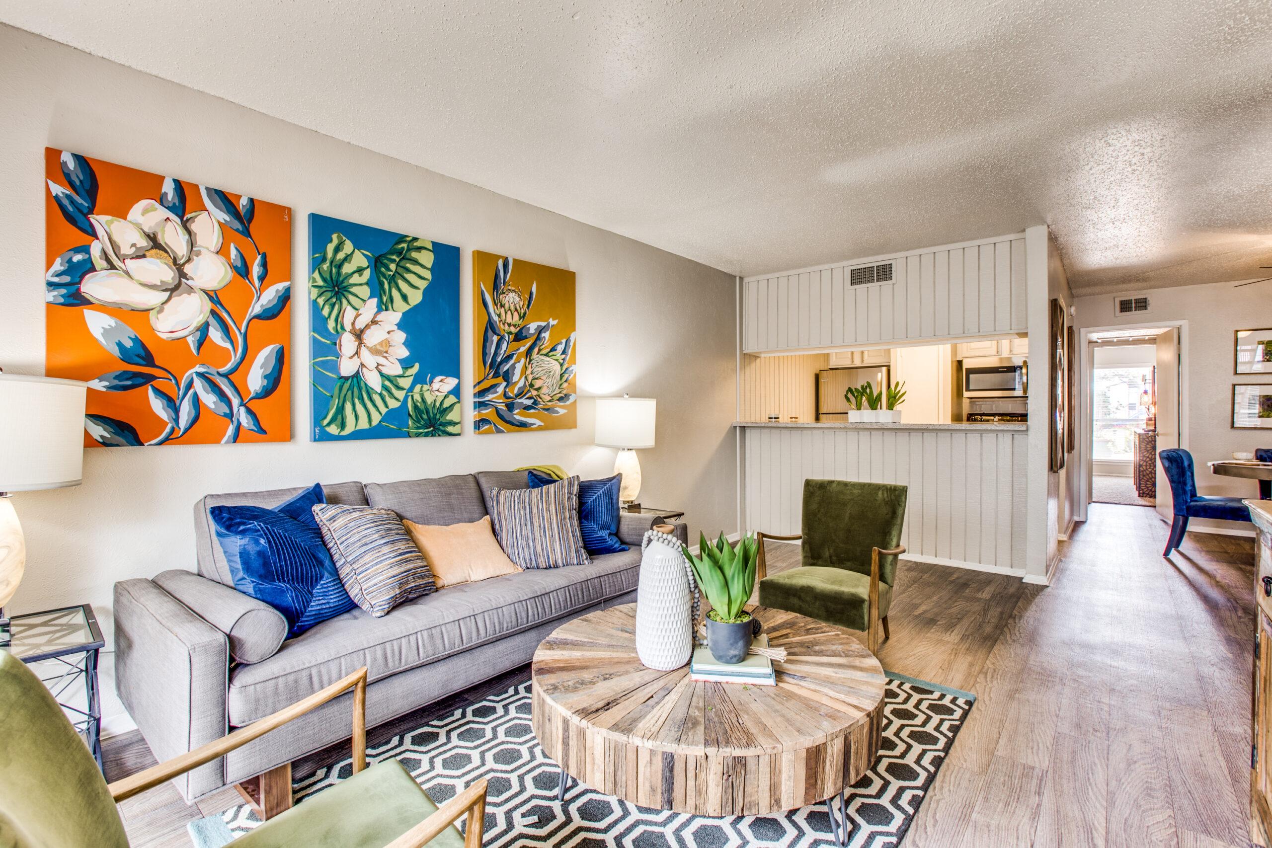 Lexington Apartments on Meadowcreek
